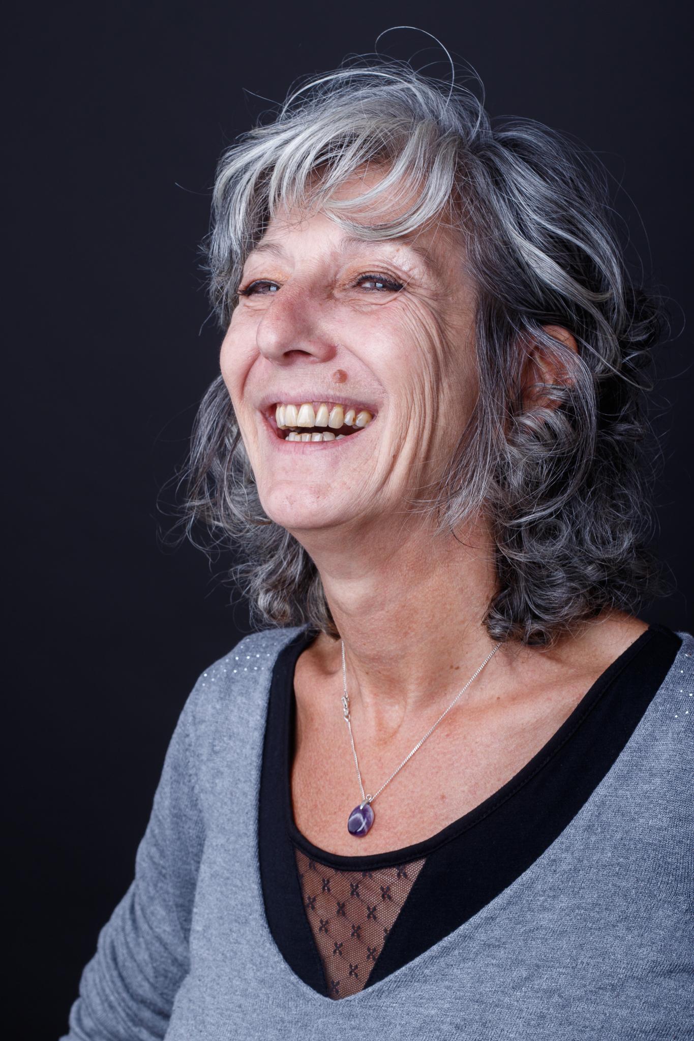 Catherine Lairaud - Comédienne/Voix-Off et modele sénior
